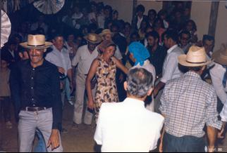 E:\Fotos para o livro\Ribeirão Grande 1986 - Casamento do Simão\Ribeirão Grande 1986 - casamento do Simão0013.jpg